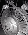 F-100 DOWNSTREAM END OF FAN AND FIRST STAGE ROTOR SECTION DAMAGE - NARA - 17449580.jpg