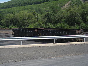 Reading Blue Mountain and Northern Railroad - Image: FAB's IMG 4509 Reading and Northern Anthracite Loads at Blaschak Coal Company