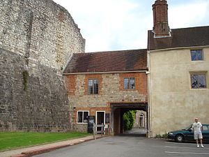 Farnham - The entrance to Farnham Castle