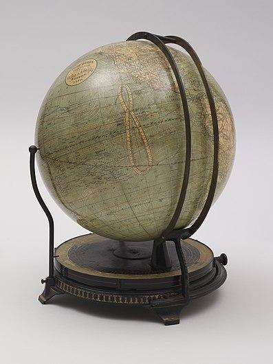 Fitz globe (2710799656).jpg