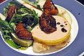 Flickr - cyclonebill - Foie gras med flute, salat, pære og rødvinssyltede figner.jpg