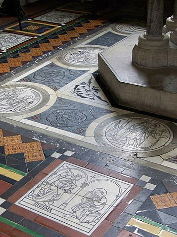 English: Floor tiles, St John the Baptist Chur...