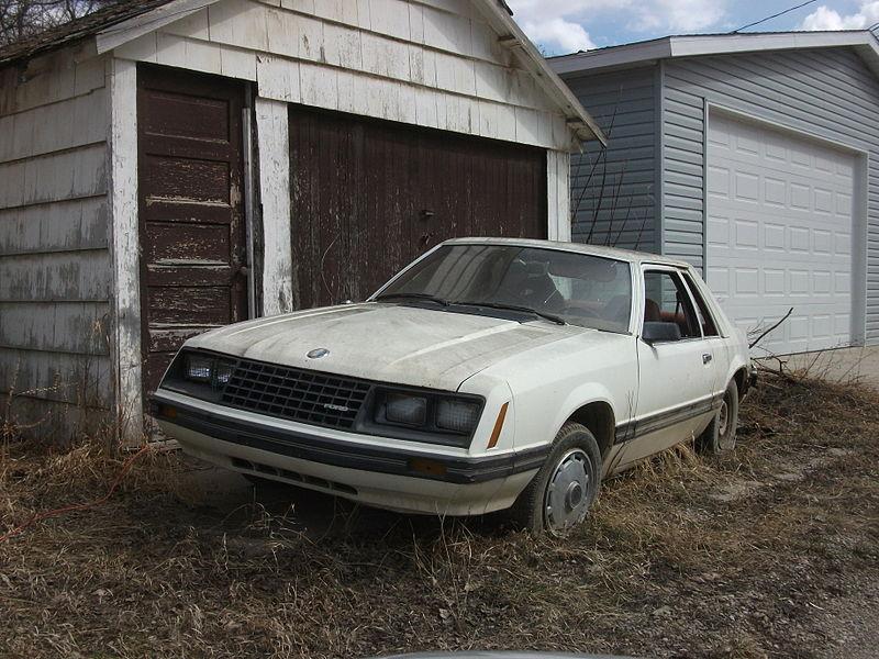 File:Ford Mustang (5619230631).jpg