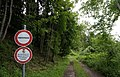 Forststraße, Pilze Sammeln verboten, Kärnten.jpg