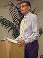Fred Willard speaking.jpg