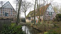 Fredenbeck - Wassermühle und Mühlenbach.JPG