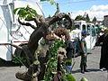 Fremont Fair 2007 pre-parade Ents 12.jpg