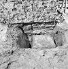 fundering uitbreiding oudste kerk onder de huidige oostzijde (zuid) van de toren - batenburg - 20028327 - rce