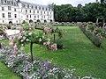 Gardens at Chateau Chenonceau (3725081816).jpg