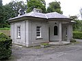 Gate House to Ely Lodge - geograph.org.uk - 516082.jpg
