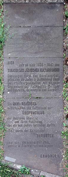 File:Gedenktafel Kommandantenstr 58 (Kreuz) Theater des jüdischen Kulturbundes.jpg