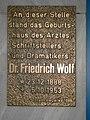 Gedenktafel für Wolf in Neuwied.jpg