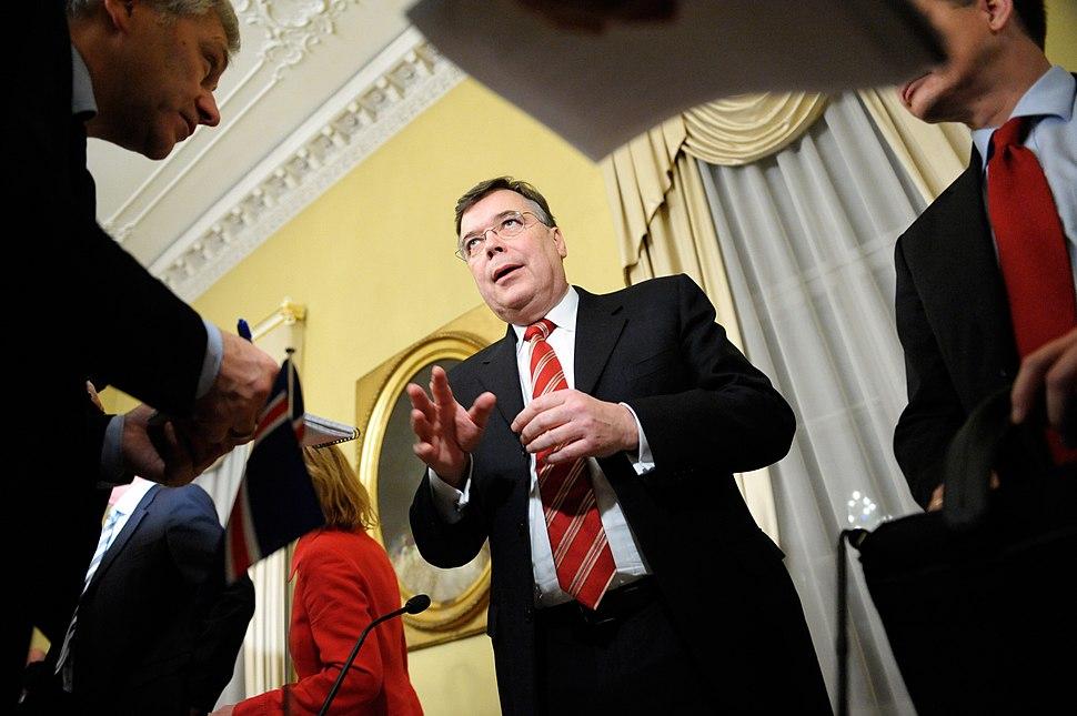 Geir H. Haarde statsminister Island pa pressmote under Nordiska radets session i Helsingfors 2008-10-27 (1)