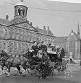 Geschenken uit de Wieringermeer voor kinderen in Emmaziekenhuis, rijtuig op de D, Bestanddeelnr 918-1149.jpg