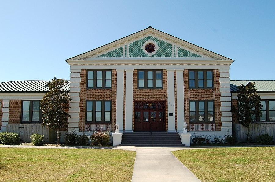 Golden Meadow High School