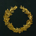 Golden laurel wreath T HL 04 Kerameikos Athens.jpg