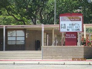 Goleta Valley Junior High School   The Front Entrance To Goleta Valley  Junior High.