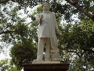 Gopal Krishna Gokhale - Statue in Churchgate