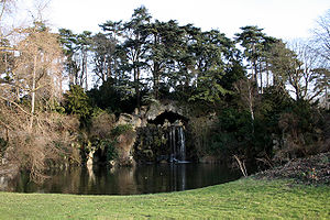 GR 1 - The Grande Cascade in the Bois de Boulogne