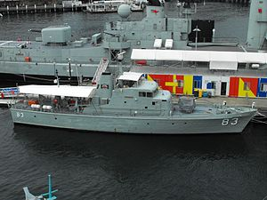 HMAS Advance ANMM Mar 2012.jpg