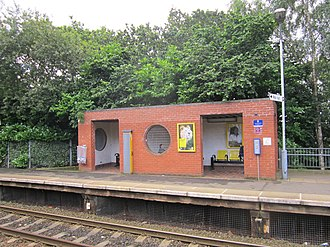 Halewood railway station - Image: Halewood railway station (2)