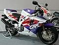 Honda CBR900RR Fireblade 1992 cropped.jpg
