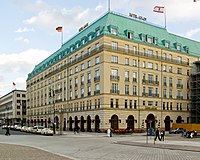 Hotel Adlon (Berlin).jpg