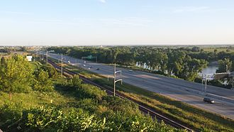 Interstate 29 in Iowa - Interstate 29 closely parallels the Missouri River in Sioux City