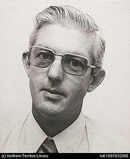 Ian Tuxworth Australian politician