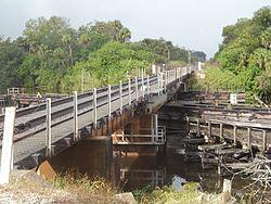 Indiantown FL old FEC railroad bridge01.jpg