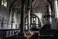 Interior da igrexa de Sanda.jpg