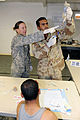 Iraqi soldiers learn about IV's DVIDS207993.jpg