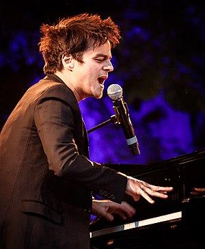 Jamie Cullum - Cullum performing at Akershus Festning, Oslo in 2017