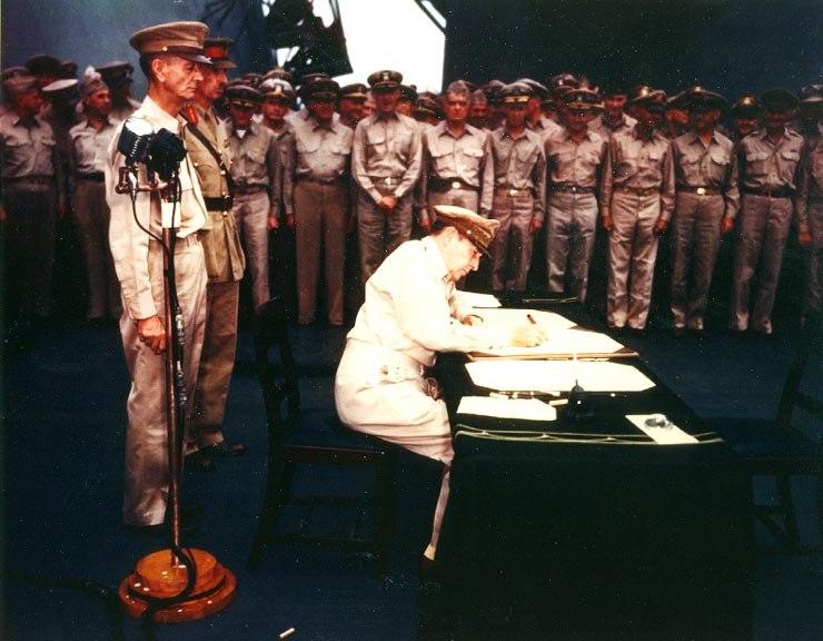 Japanese-surrender-mac-arthur-color-ac04627