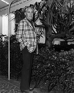Portrait of actor Jason Robards at the Lago Mar: Fort Lauderdale, Florida