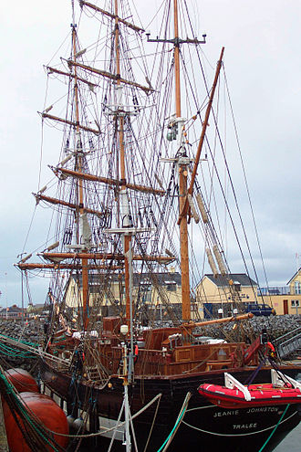 Fenit - Jeanie Johnston replica at Fenit harbour