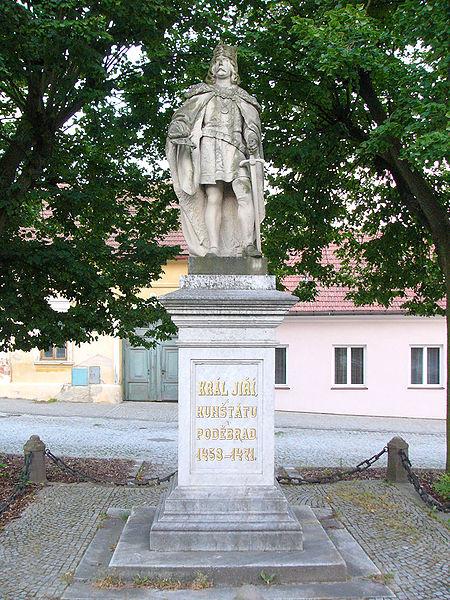 Soubor:Jiri z Podebrad statue.jpg