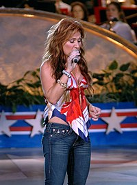 Jo Dee Messina Capitol Fourth cropped.jpg