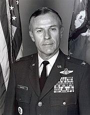 John Warden Commandant ASCS 1994.jpg