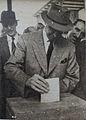 Juan Antonio Rios votando.JPG