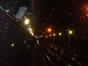 Jubilee Line tunnel near Green Park. Detrainin...