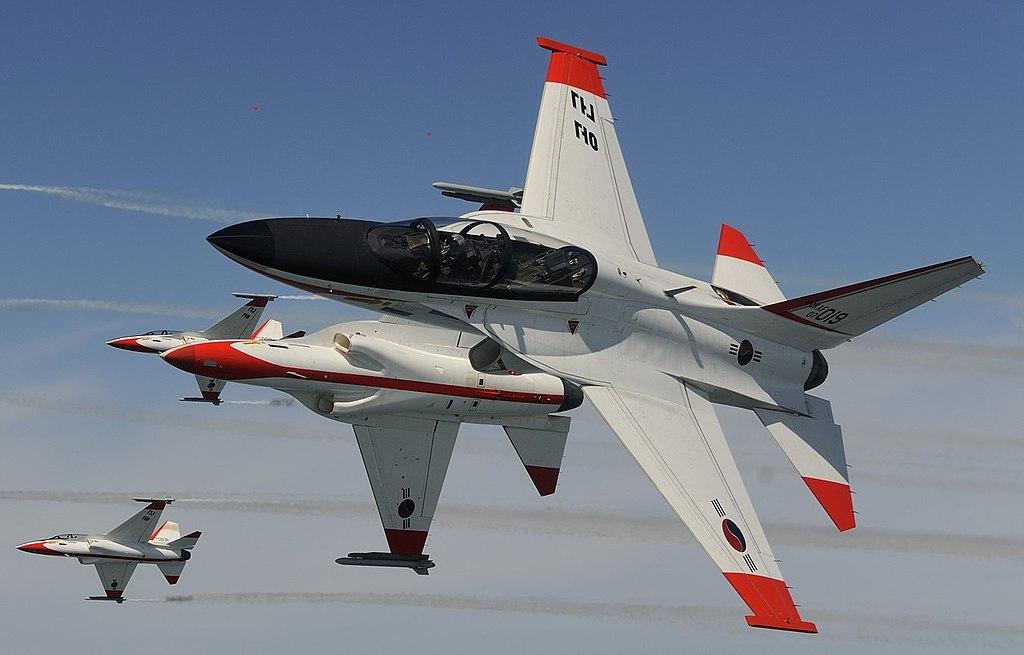 KAI T-50 Golden Eagle Demo flight.jpg