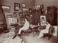 KITLV - 183050 - Kurkdjian, Atelier - M. M. (Thilly) Weissenborn retouching a photo in studio Kurkdjian, Surabaya - circa 1915.tif