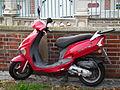 KYMCO Vitality Moped rot.JPG