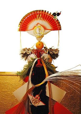 Kagami mochi - A traditionally ornamented Kagami mochi