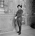 Kapitein Umerto Aebischa poseert in dagelijks tenue, Bestanddeelnr 191-1289.jpg