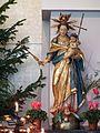 Katholische Maria-Himmelfahrt-Kirche Maria mit Kind.JPG