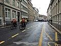 Klimastreikdemo Bern Polizei auf Fahrrad.jpg