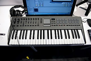 MIDI keyboard Piano-style keyboard that sends MIDI inputs to a computer or device
