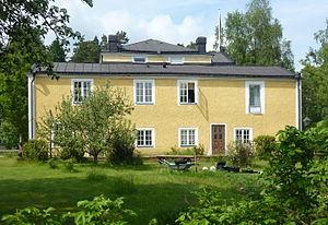 Hinduism in Sweden - Korsnäs gård, main building 2014.